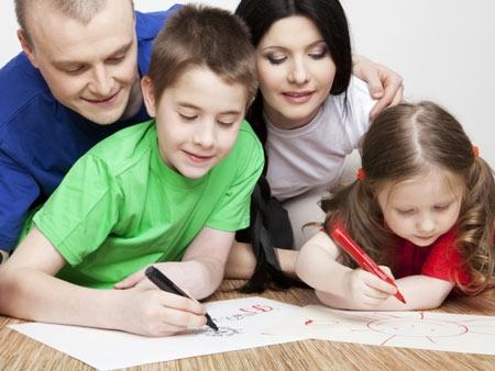 Kiểm tra xem bạn nói với con bao nhiêu câu tích cực mỗi ngày?