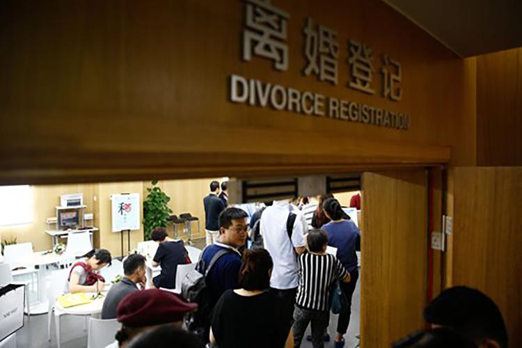 Số vụ ly hôn tăng vọt sau đại dịch