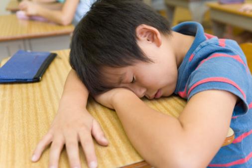 Hãy để trẻ ngủ thêm!