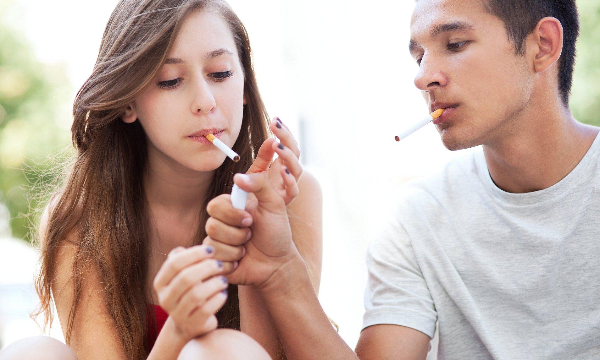 WHO cảnh báo ngành công nghiệp thuốc lá đang lôi kéo trẻ em