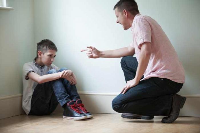 Tác hại của việc giáo dục trẻ quá khắc nghiệt