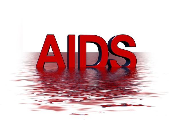 Nam quan hệ tình dục đồng giới nhiễm HIV cao hơn nữ bán dâm