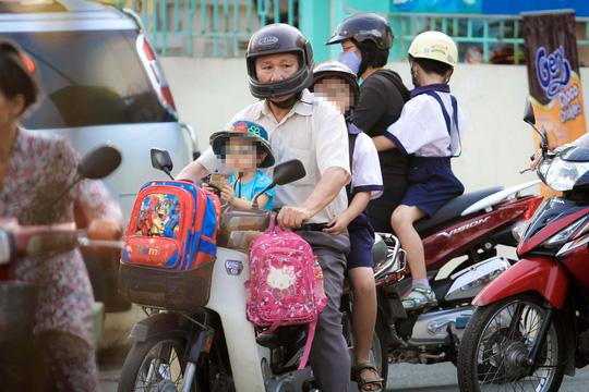Vì sao trẻ sợ đi học?