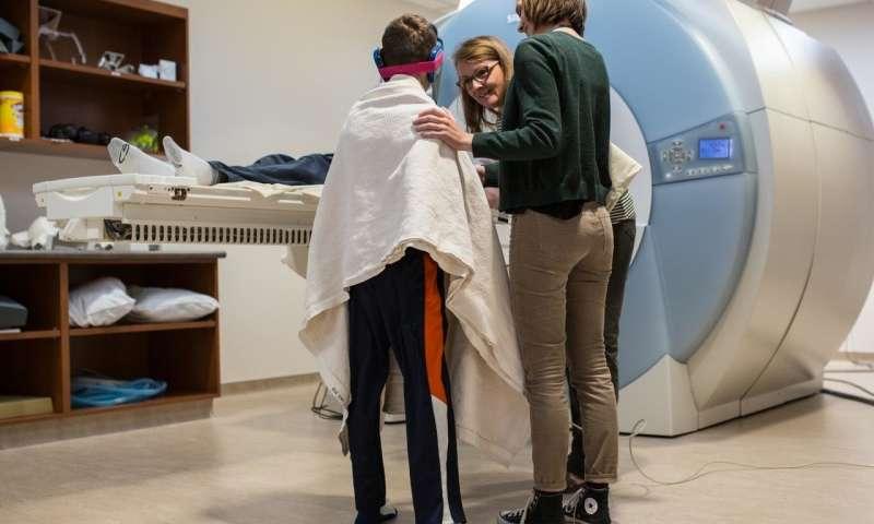 Phát hiện mới ở não trẻ tự kỷ nhờ chụp MRI