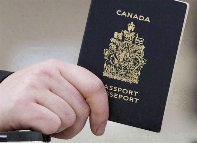 Người Canada được chọn giới tính trung lập trên hộ chiếu