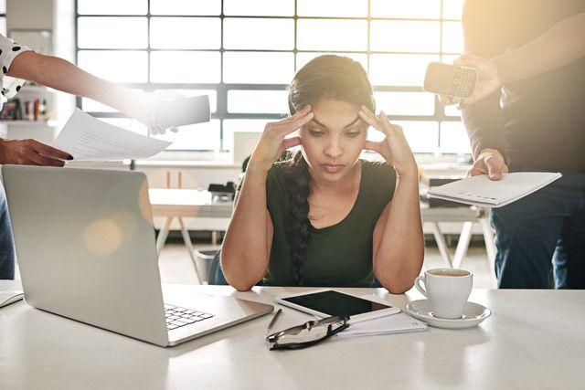 Làm gì để đối phó với đồng nghiệp không hợp tác?