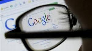 """Vì tin """"bác sĩ"""" Google"""