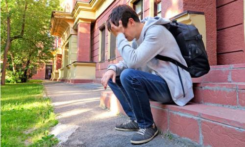 Cái kết đau lòng khi cha mẹ đẩy con đi du học để 'cải tạo'