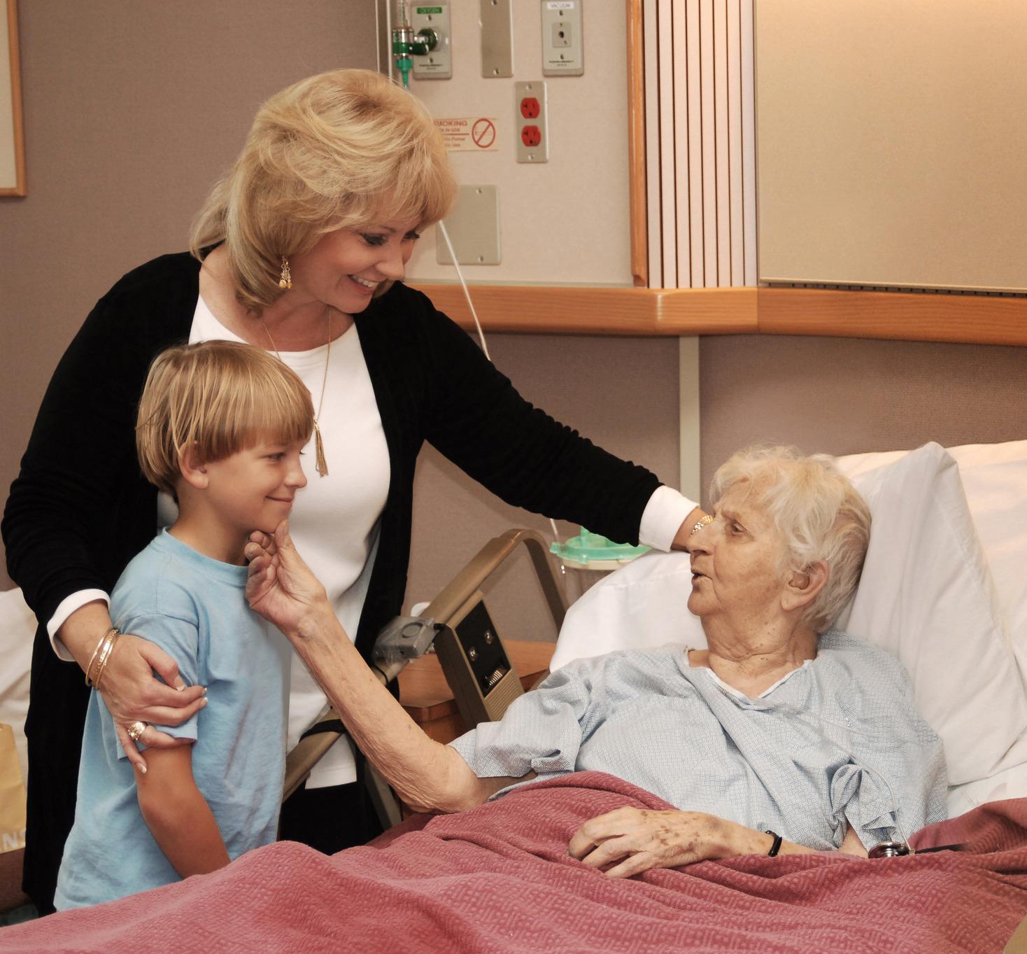Bạn đã đưa cha mẹ mình đi khám bệnh?