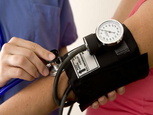 Hạ huyết áp tư thế đứng liên quan tới sa sút trí tuệ