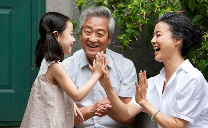 Hoạt động tiêu hao nhiều năng lượng, não bộ người cao tuổi càng khỏe mạnh
