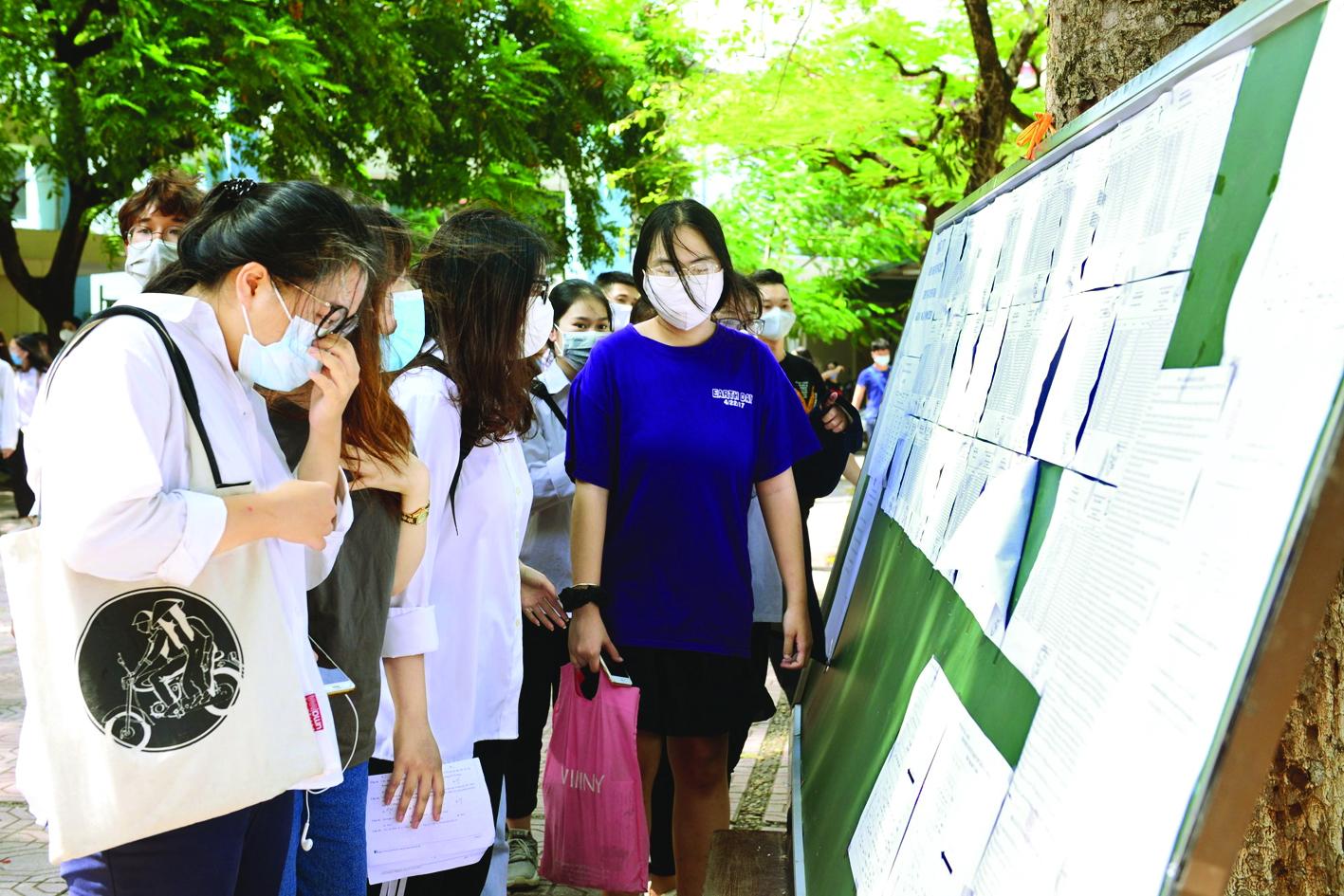 Học sinh cuối cấp rối loạn tâm lý vì hoãn thi tốt nghiệp mùa dịch