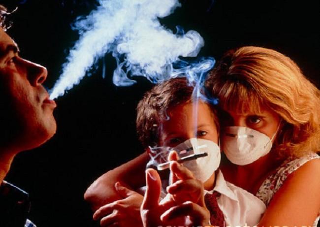 Khói thuốc lá thụ động khiến cô giáo trẻ mang án tử ung thư